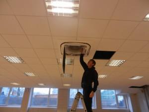 Проверка вентиляции в многоквартирном доме своими руками